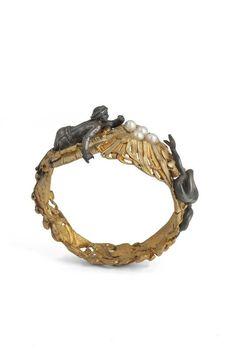 Modèle de bracelet - Perles de verre recouvert de nacre, deux tons de bronze doré, bronze doré jaune, vert. France, 1842/1848