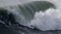 Nazaré (Portugal).   Photo: Rafael Marchante / Reuters
