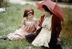 vintage everyday: Beautiful Color Portraits of The Lumière Brothers' Daughters, ca. 1910s
