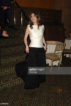 Her Majesty Queen Rania AlAbdullah of Jordan during Barbara Walters... Photo d'actualité | Getty Images