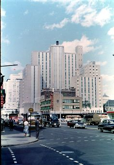 Laurentian Hotel in Montreal - Canada Hotel Montreal, Montreal Ville, Montreal Quebec, Montreal Canada, Quebec City, Entertainment Sites, Photo Vintage, Good Old Times, Belle Villa