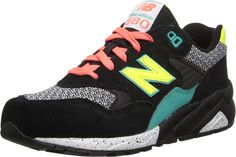 New Balance Classic Sneakers. New Balance Women's Classic Running B US. Bright retro sneaker with patterned toe underlay and futuristic sporty sole. New Balance Walking Shoes, Mens Walking Shoes, New Balance Sneakers, New Balance Shoes, Sneakers Mode, Retro Sneakers, Classic Sneakers, Sneakers Fashion, Black Running Shoes