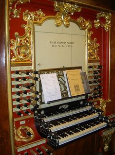 The console of the organ in Gouda