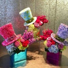Mad Hatter Centerpieces are such a good idea for an Alice in Wonderland themed party Mad Hatter Party, Mad Hatter Tea, Mad Hatters, Mad Hatter Wedding, Happy Birthday B, Birthday Parties, Mad Tea Parties, Disney Bridal Showers, Tea Parties