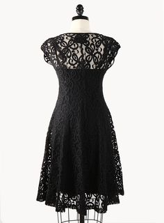 Would LOVE this dress for a wedding I'm attending...hopefully I can lose the weight AND afford the dress~~!!!