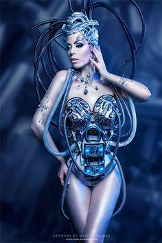 Futurist by Ophelia-Overdose on deviantART