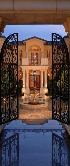 Old World, Mediterranean, Italian & Tuscan Homes & Decor  www.TheMediterraneanRevival.com