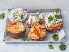 Täytetyt uunibataatit Salty Foods, My Cookbook, Fish And Seafood, Vegetable Recipes, Scones, Food Inspiration, Vegan Vegetarian, Baked Potato, Chili
