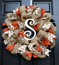 Fall and Halloween Burlap Wreath with rust orange, black and ivory chevron ribbo. - Fall and Halloween Burlap Wreath with rust orange, black and ivory chevron ribbons, and an ivory pa - Burlap Crafts, Wreath Crafts, Diy Wreath, Wreath Burlap, Tulle Wreath, Wreath Fall, Summer Wreath, Wreath Ideas, Wreath Making