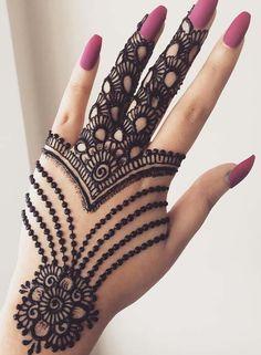 Mehndi is something that every girl want. Arabic mehndi design is another beautiful mehndi design. We will show Arabic Mehndi Designs. Henna Hand Designs, Mehndi Designs Finger, Latest Arabic Mehndi Designs, Mehndi Designs 2018, Mehndi Designs For Beginners, Mehndi Designs For Girls, Mehndi Design Photos, Mehndi Designs For Fingers, New Bridal Mehndi Designs