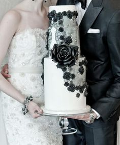 Black and White Lace Detailed Wedding Cake
