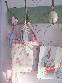 adorable bag! Must try to make one myself