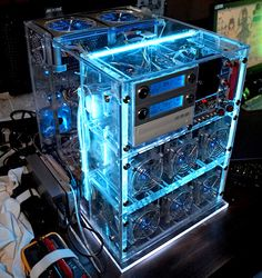 Computer case mods - Pile of Photos #CASE Some pretty cool computer cases that I wouldn't mind having