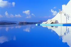 Astarte Suites - Amazing Boutique Hotel with Stunning Views from the Infinity #Pools #Santorini #Greece