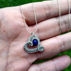 Handgemachte Halskette mit Herzanhänger, handgemachte Glasperle und ...