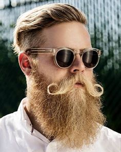 Lion King by Muzli | A place for designers with a beard.