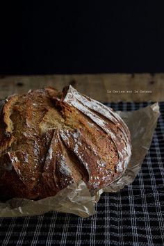 bread010 Pain à la mélasse & au petit épeautre
