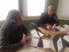 Avui a l'espai de La Vitrina, ens acompanya una setmana més l'Antoni López. Ara en directe podem escoltar al Josep Perramon, col'leccionista i expert de discos dels anomenats de pedra 78 rpm. Escolta'ns al 88.0 fm