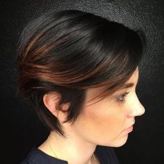 Short Brunette Hairstyle With Highlighted Bangs