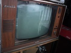 Tv Antiga Philco Directa Década De 60 Não Tem O Cont. Remoto - R$ 580,00 no MercadoLivre