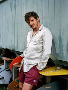 Pedro Pascal shares a moment in paradise with GQ. The star of The Equalizer Pascal connects with the magazine in Oahu, Hawaii. Lucy Armstrong outfits him in… Gq Usa, Male Fashion Trends, Mens Fashion, Ginger Beard, Pajama Shirt, Celebrity Crush, Actors & Actresses, Hot Actors, Beautiful People