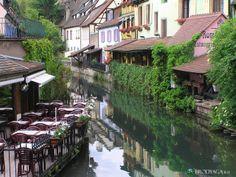Colmar - The Wine Route in France - http://destinations-for-travelers.blogspot.com.br/2013/01/colmar-rota-dos-vinhos-na-franca.html