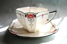 Shelley Queen Anne cup and saucer Red Daisy