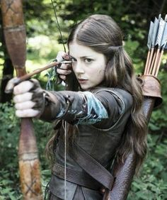 Be part of the medieval era with our youth archery bow. Click now to browse.