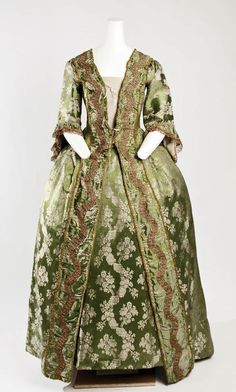 1750 Culture: French Medium: silk Dimensions: Length at CB (a): 63 in. cm) Length at CB (b): 40 in. cm) Credit Line: Gift of Mrs. Robert Woods Bliss, 1943 Accession Number: b 18th Century Dress, 18th Century Costume, 18th Century Clothing, 18th Century Fashion, Vintage Gowns, Vintage Outfits, Vintage Fashion, Antique Clothing, Historical Clothing