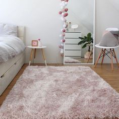 51 Ideas Bedroom Classic Interior Rugs For 2019 Interior Rugs, Interior Design Living Room, Home Bedroom, Bedroom Decor, Bedrooms, Shaggy Rug, Cute Room Decor, Classic Interior, Bedroom Classic
