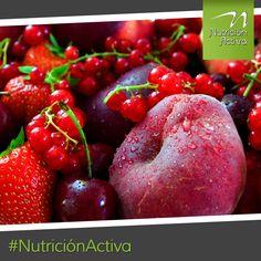 Los alimentos rojos tienen licopeno, ácido elágico, quercetina y antocianinas. Todas antiinflamatorias, anticancerígenas, disminuyen el colesterol, la presión y la glucosa. #NutriciónActiva