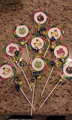 I saw that going differently in my mind...: More inexpensive Angry Birds party favors