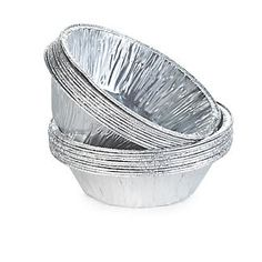 Mince Pie Foil Cases made from durable aluminium that's oven & freezer safe so ideal for batch baking. Not just for mince pies they're great for tarts & mini fruit pies. Mini Fruit Pies, Bakewell Tart, Mini Tart, Mince Pies, Christmas Makes, Decorative Bowls, Image, Mini Fruit Tarts, Christmas Diy