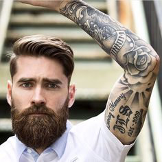 Cute short and full beard styles for men are changing rapidly and gaining lot of importance in the male society. Full beard style is the most popular trend Full Beard, Beard Love, Beard Or No Beard, Perfect Beard, Great Beards, Awesome Beards, Beard Styles For Men, Hair And Beard Styles, Hipster Bart