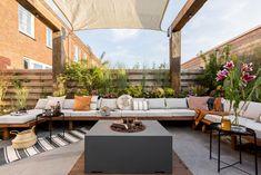 Pergola On The Roof, Backyard Pergola, Patio Roof, Pergola Plans, Pergola Kits, Pergola Ideas, Dream Garden, Home And Garden, Wooden Pergola
