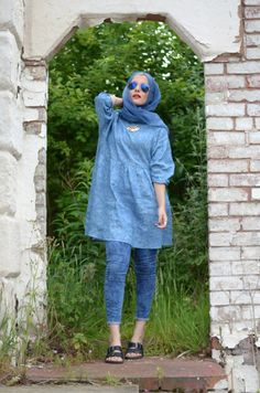 Latest Casual Hijab Styles & Designs with Jeans Trends- Perfect Looks Frock Fashion, Abaya Fashion, Muslim Fashion, Fasion, Hijab Trends, Outfit Trends, Hijab Jeans, Jeans Dress, Casual Style Hijab