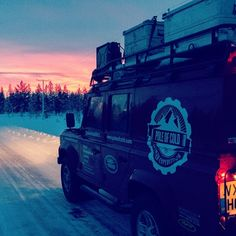 As the #PoleOfCold team continue to venture through the arctic circle they must acclimatise to the ever-depleting hours of daylight. #Padgram