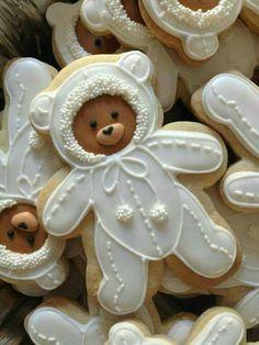 Snowsuit Bear cookies