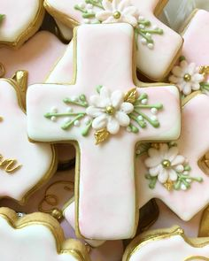 The beauty of custom cookies? Each cookie is designed expressly for you and can match any detail you want, including the flower headpiece to be worn on a special day Baptism Decor Cross Cookies, Fancy Cookies, Iced Cookies, Easter Cookies, Custom Cookies, Holiday Cookies, Sugar Cookies, Christening Cookies, Cookie Kate