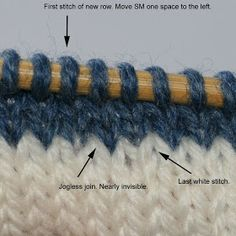 JL Yarnworks: Tutorial: Jogless Join for knitting stripes in the round Knitting Help, Knitting Stitches, Knitting Needles, Knitting Yarn, Knitting Buttonholes, Stitch Patterns, Knitting Patterns, Knit In The Round, How To Purl Knit