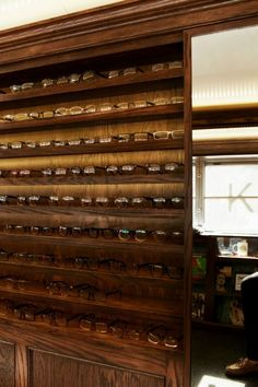 Warby Parker Class Trip  http://allerretour.org/warby-parker/