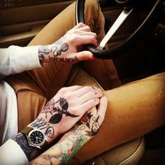 hands tattoos