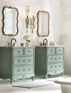 A refreshing bathroom with elegant accents. HomeDecorators.com