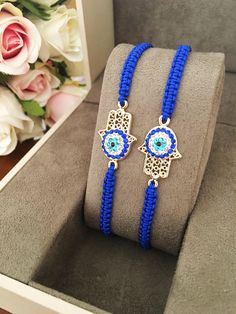 Best ideas for eye tattoo evil hamsa hand Hamsa Jewelry, Evil Eye Jewelry, Jewellery, Hand Bracelet, Evil Eye Bracelet, Cute Jewelry, Diy Jewelry, Rakhi Design, Plastic Jewelry