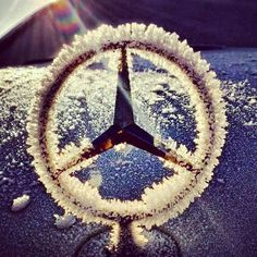 - Cars and motor Mercedes Benz Retail, Mercedes Models, Mercedes Benz Logo, Mercedes Benz Cars, Gottlieb Daimler, Motor Car, Auto Motor, Motor Sport, Lux Cars