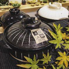 そろそろお鍋の季節ですね IH対応の土鍋もご用意しております 一人鍋から賑やかな鍋パーティまで様々なシチュエーションに合わせたお鍋はいかがでしょう  #織部下北沢店 #陶器 #器 #ceramics #pottery #clay #craft #handmade #織部 #織部下北沢店 #陶器 #器 #ceramics #pottery #clay #craft #handmade #oribe #tableware #porcelain
