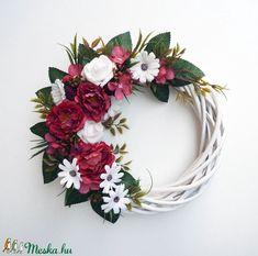 Tavaszi ajtódísz piros és fehér színben (Decoflor) - Meska.hu Grapevine Wreath, Grape Vines, Floral Wreath, Wreaths, Diy, Vintage, Home Decor, Floral Crown, Decoration Home