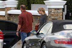 taylor swift caught leaving secret meeting with gwyneth paltrow Celebrity Gossip, Celebrity News, Papa Razzi, Secret Meeting, Hollywood Gossip, Gwyneth Paltrow, Taylor Swift, Sexy Lingerie, Celebrities