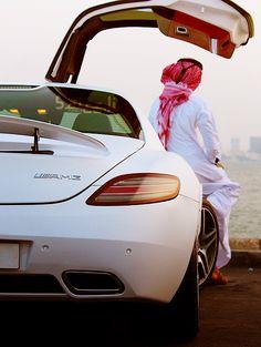 like a boss Arab Men Fashion, Black Girl Fashion, Mens Fashion, Stylish Dpz, Stylish Boys, Muslim Men, Muslim Couples, Boys Dpz, Girls Dpz