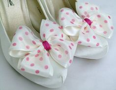 Bow shoe clips